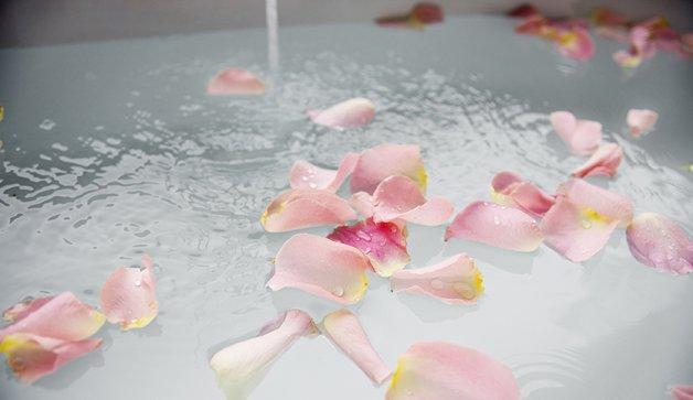 Sehat dengan Herbal Healing Bath