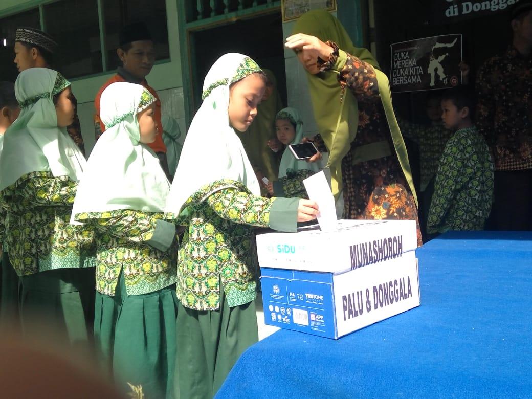 SDIT Nur Hidayah Galang Dana untuk Palu