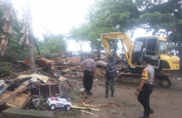 168 Orang Meninggal Akibat Tsunami di Kawasan Selat Sunda