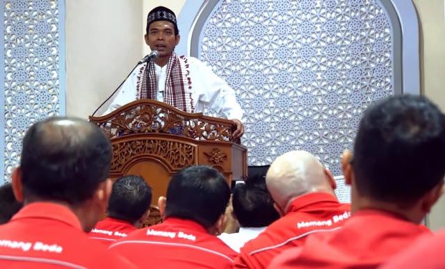 UAS Ajak Jamaah Datangi TPS: Umat Islam Jangan Sampai Nggak Nyoblos