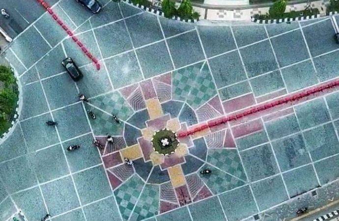 Warga Memprotes Motif Batu Andesit yang Dianggap Mirip Simbol Salib