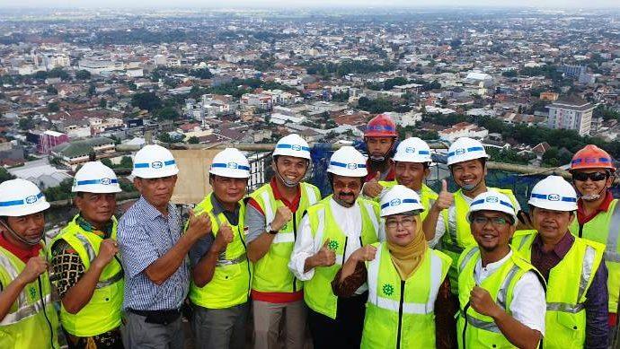 Menara Utama Masjid Taman Sriwedari Topping Off,  Warga Diajak Ikut Serta Danai Pembangunan