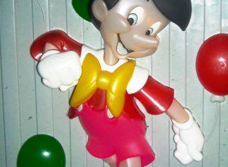 Dongeng Anak: Pinokio Si Boneka Kayu Berhidung Panjang