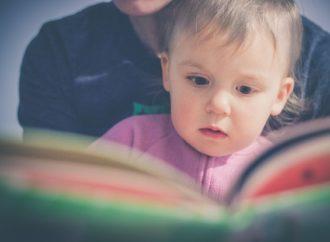 Tips untuk Orangtua Mengajari Balita Bicara
