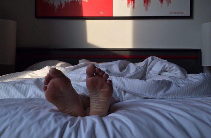 Tidur Setelah Sholat Subuh, Haram Makruh atau Mubah?