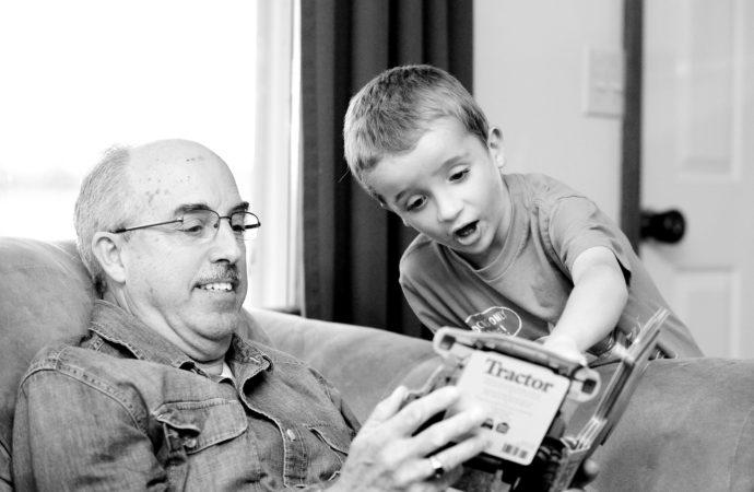 Peran Kakek dan Nenek dalam Mengajari Nilai Kehidupan pada Anak