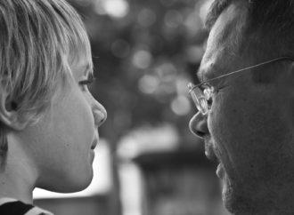 Pentingnya Mengajarkan Anak untuk Konfirmasi agar Selalu Jujur dan Terbuka