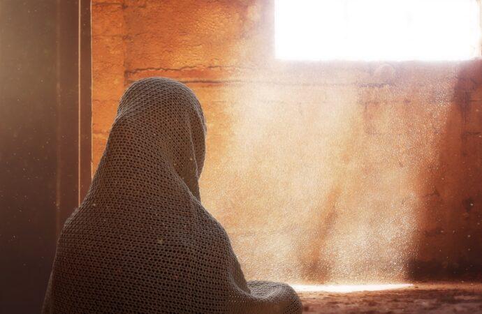 Agar Tetap Cantik Namun Sesuai Tuntunan dan Ajaran Islam