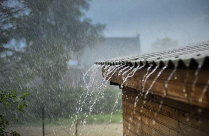 Puncak Musim Hujan Tiba, Begini Cara Menjaga Kesehatan di Musim Hujan