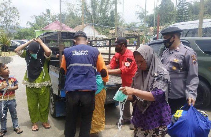 Tim Sigab SOLOPEDULI Bantu Evakuasi Warga Kawasan Merapi